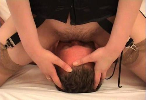 hairy pussy face sitting