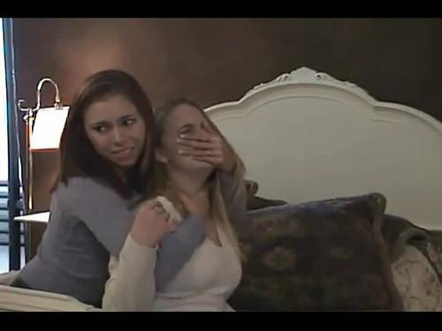 lesbian handgag