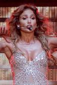 Jennifer Lopez (1 F) Descuido Pezón, Roma 16 Octubre 2012